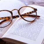 教学不要の大合唱。新しい教学書では「五綱判」は添削の対象。